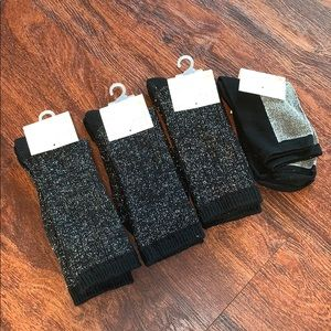 NWT 4 Pairs Sparkly black crew socks boot silver